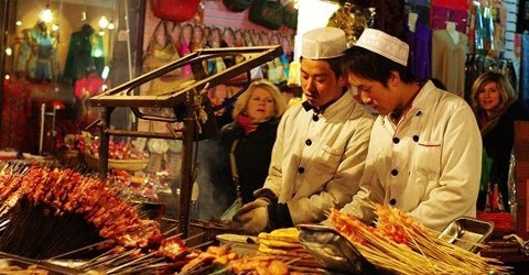 Tradicional Feira de Petiscos de Beijing